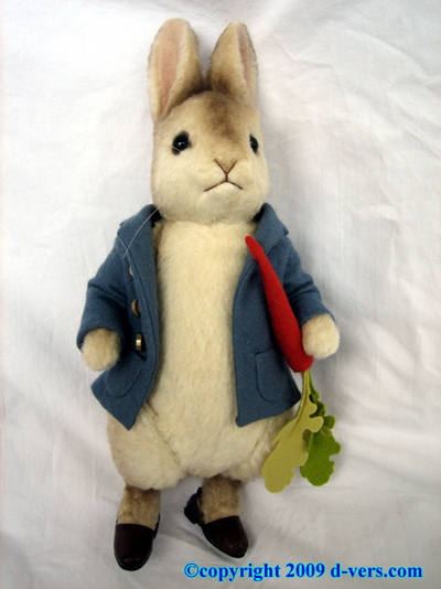 Peter Rabbit Doll Beatrix Potter R. John Wright NIB