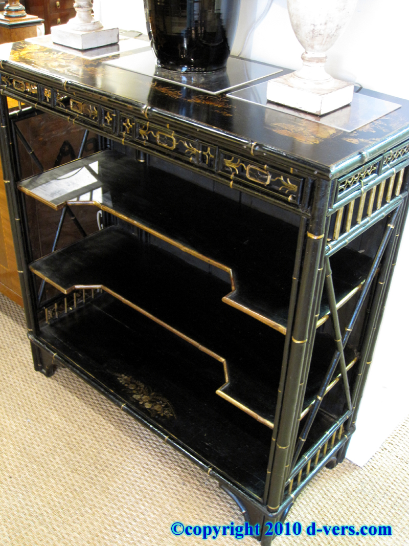 Chinese Style Black Lacquered Etagere