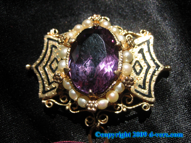 Amethyst and Niello Stone 14K Gold Brooch